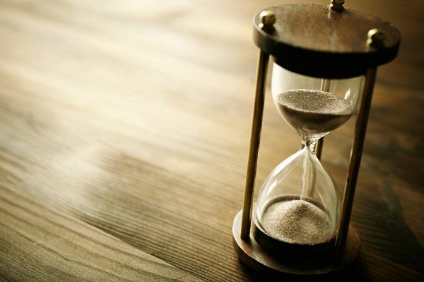 Кой изобретил първия часовник